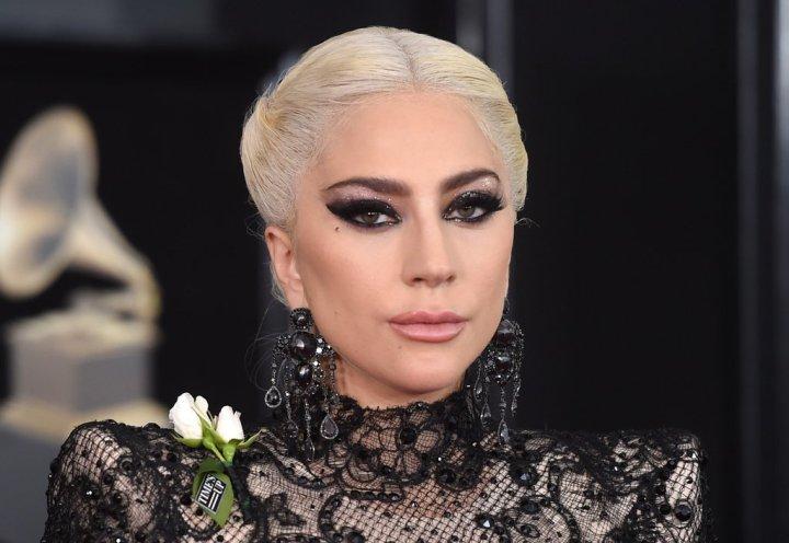 lady-gaga-hair-makeup-grammys-2018